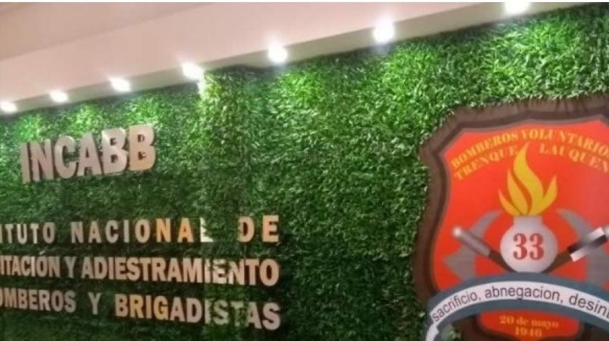 Trenque Lauquen: Bomberos Voluntarios inauguraron el primer centro de capacitación del país - Colón Doce